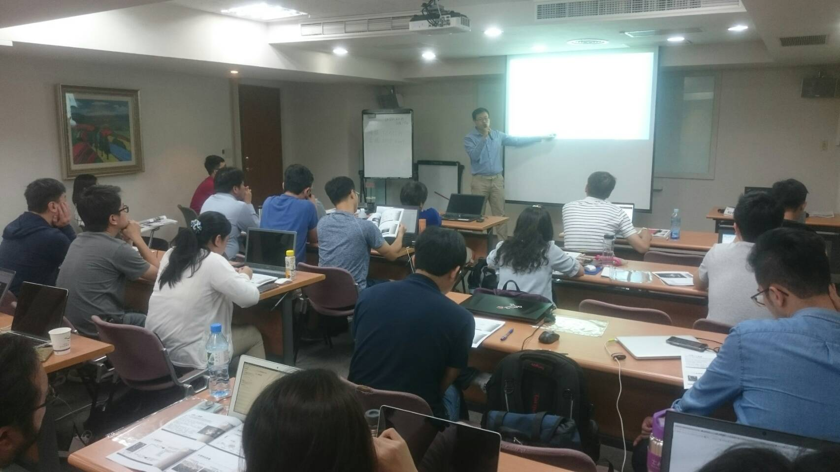 iABC Jointly Offering the First  Practical AI Training Course with Taipei Computer Association, and Fusion360.
